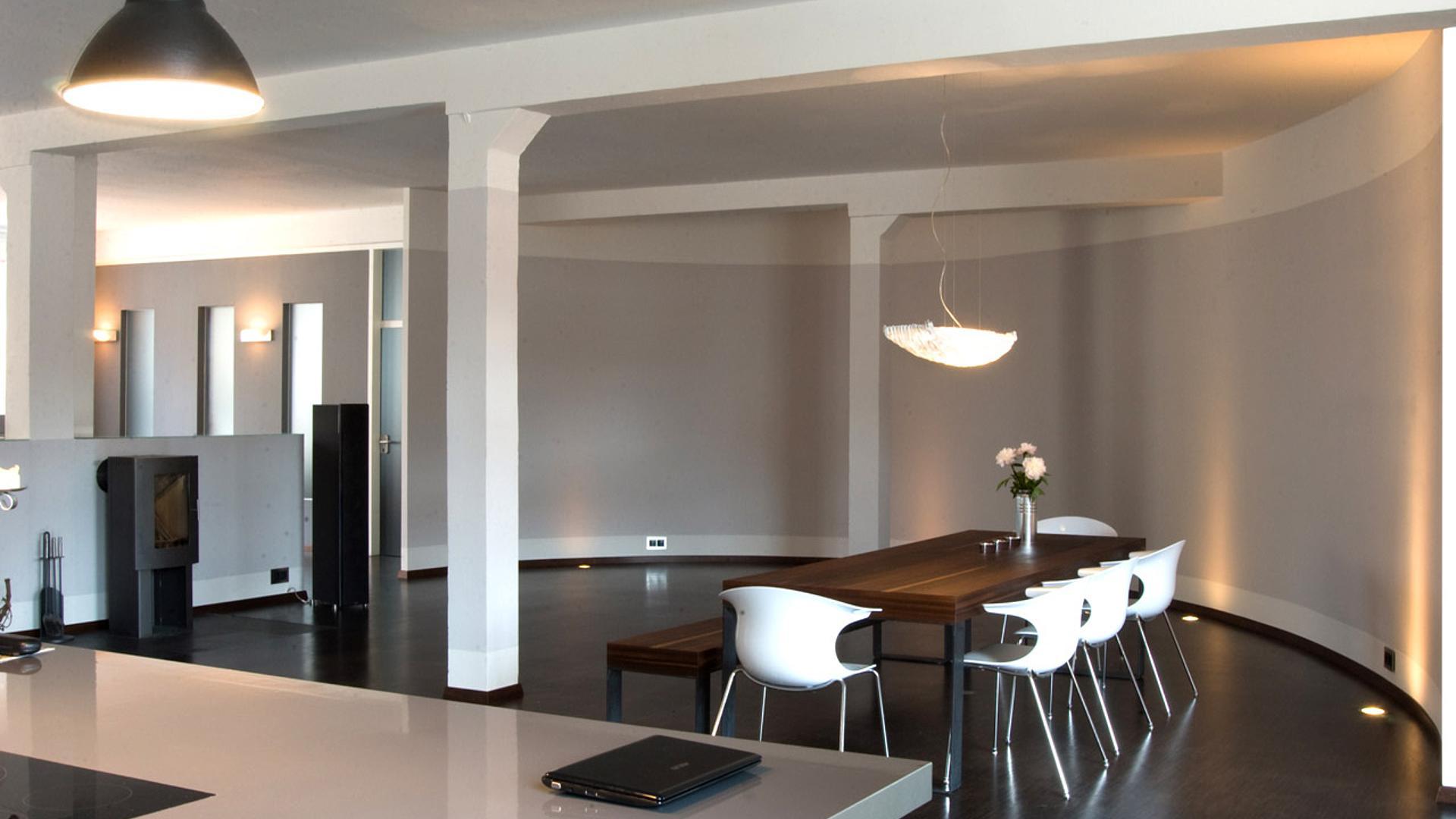 loft wohnung modernisierung eines geb ude in ein modernes loft in n rnberg. Black Bedroom Furniture Sets. Home Design Ideas